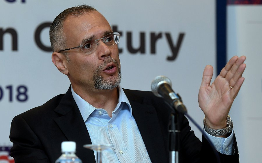 American Malaysian Chamber of Commerce (AMCHAM) president Ramzi Toubassy says it is too early to measure the impact of rising trade war tensions between the US and China, as well as on American investments to Malaysia. (Bernama photo)