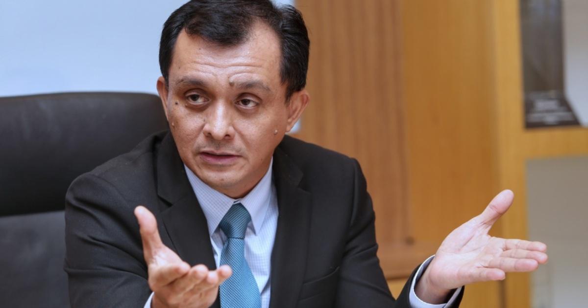 Showbiz: Put aside the negative aspects, says Ahmad Idham