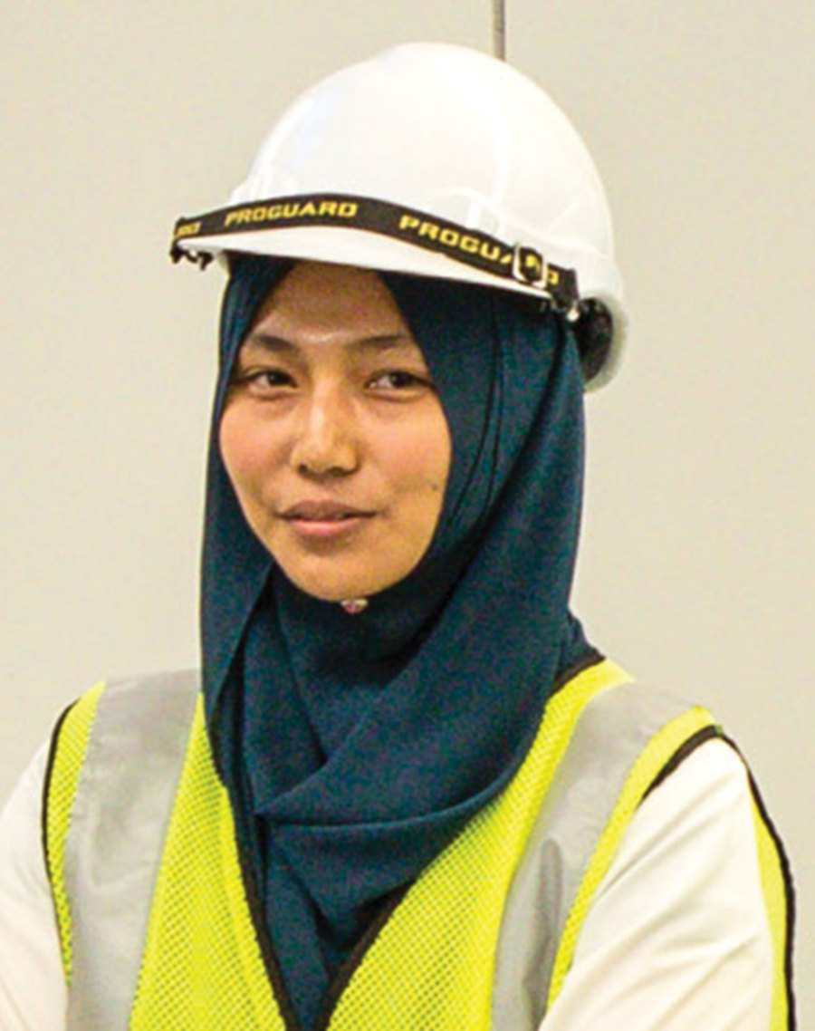 They call me 'minah api' and sometimes 'tulang dawai', because I am one of those who seldom gets scalded. I think I have my ruggedness and love for the outdoors to thank for that. -Arziah Mohd Ahsim, Fire specialist instructor