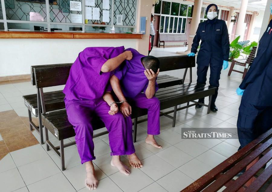 The duo were fined RM 1,000 each for not adhering to the Movement Control Order. -NSTP/NOOR HIDAYAH TANZIZI.