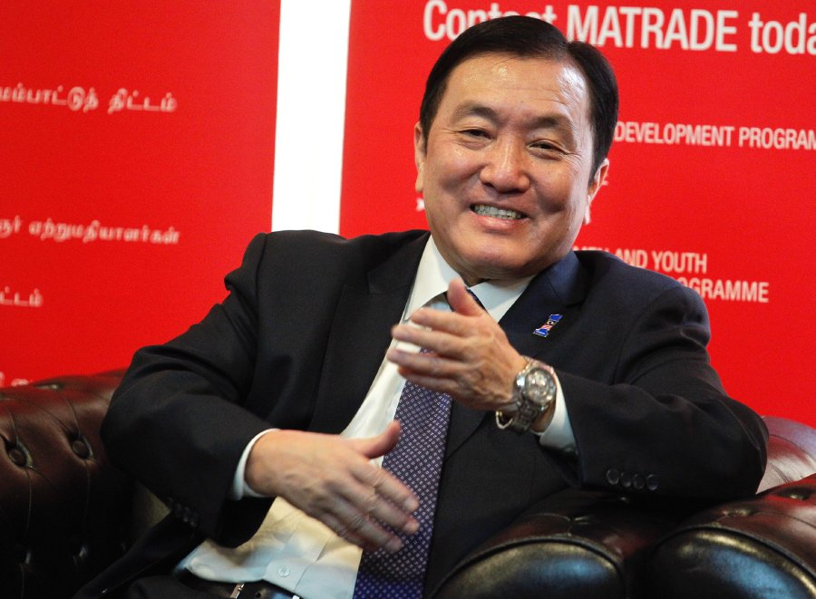 Second International Trade and Industry Minister Datuk Seri Ong Ka Chuan is hopeful Malaysia's aerospace manufacturing exports to top RM9 billion this year. NST picture by SADDAM YUSOFF