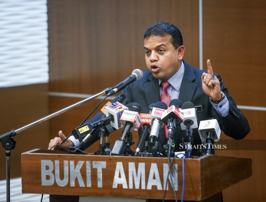 Federal police Special Branch Counter-Terrorism Division (E8) principal assistant director Datuk Ayob Khan Mydin Pitchay speaks to reporters during the press conference in Kuala Lumpur. -NSTP/Muhd Zaaba Zakeria