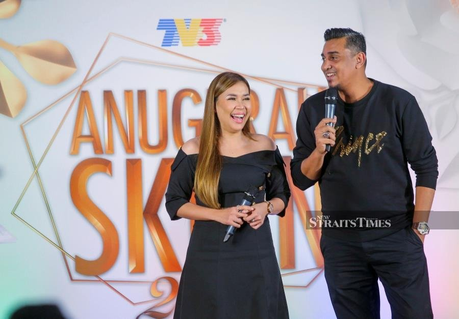 Showbiz New Hosting Style For Ask 2019