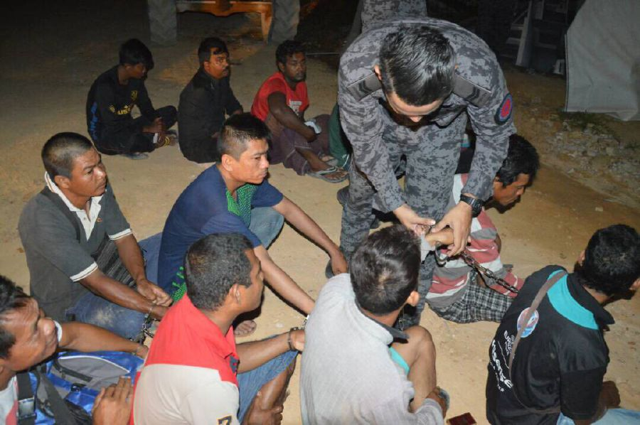 23 Illegals, Including Toddler, Nabbed By S'gor Immigration Dept At Construction Sites