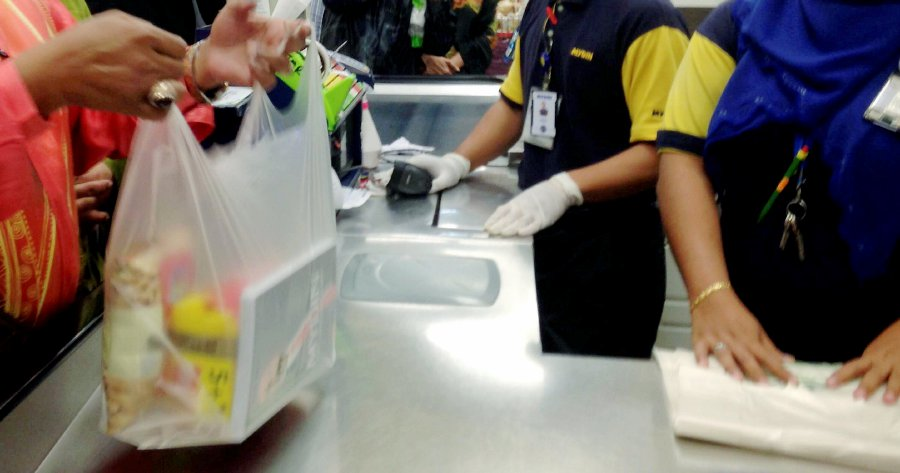 don-t-charge-your-customers-for-biodegradable-plastic-kl-traders-warned