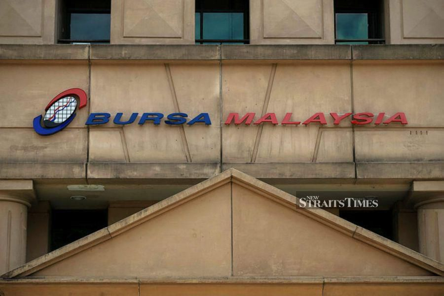 At 9.10 am, the key index FTSE Bursa Malaysia KLCI (FBM KLCI) slipped 12.38 points to 1,312.12 after opening 9.23 points higher. - NSTP/File pic