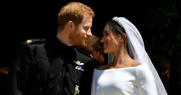 Sealed with a kiss, Harry and Meghan are married