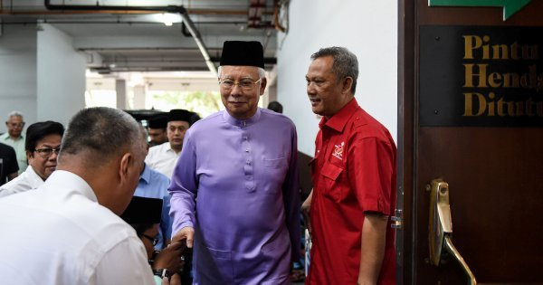 Rule of law must apply to Dr M as well, says Najib