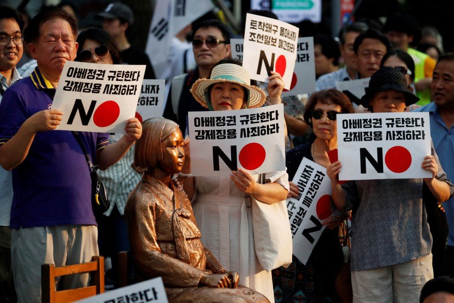 Comfort woman' statue pulled from Japan exhibit after