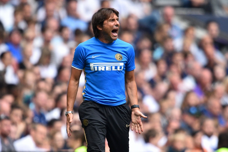 New Inter Milan coach Antonio Conte warned that the chase was on for a first Serie A title in a decade as the former European giants open their campaign against promoted Lecce on Monday.