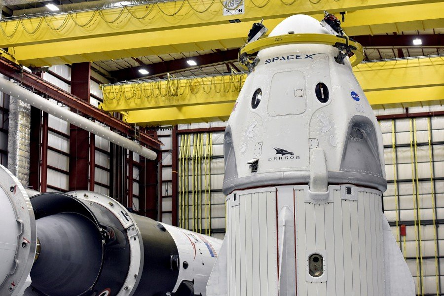 NASA clears SpaceX test flight to space station | New Straits Times