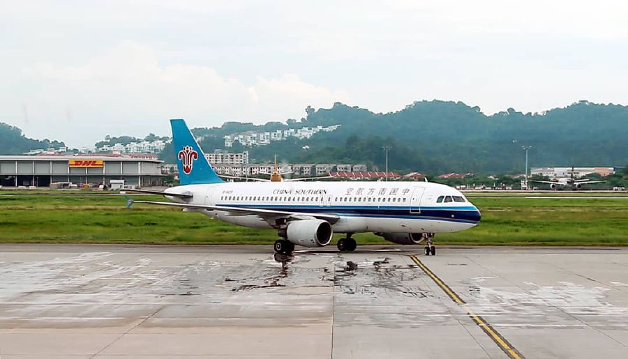 China Southern Airlines (CSA) has announced that it will increase the frequency of its direct flight from Guangzhou to Penang, to cater to the overwhelming demand of tourists in both countries. — Pic by NSTP/MIKAIL ONG