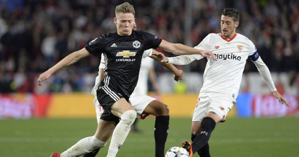 Mourinho hails McTominay but questions club medics