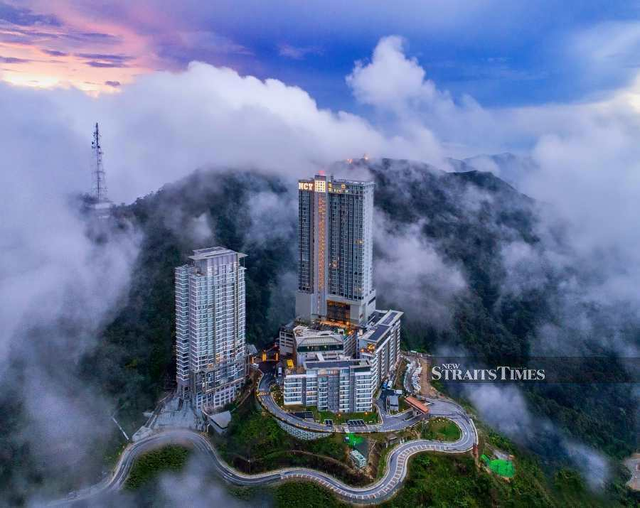Grand Ion Delemen Hotel Genting Highlands general manager Jack Lim said only 16,000-odd rooms were currently available at all hotels in Genting Highland combined, and there was still a shortage of 14,000 rooms to accommodate a huge influx of tourists to the popular hill resorts.