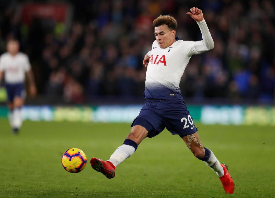Tottenham's Alli apologises for coronavirus video