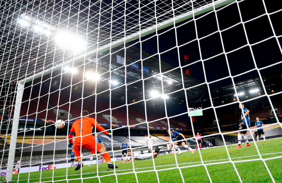 Sevilla beat Inter to claim sixth Europa League title