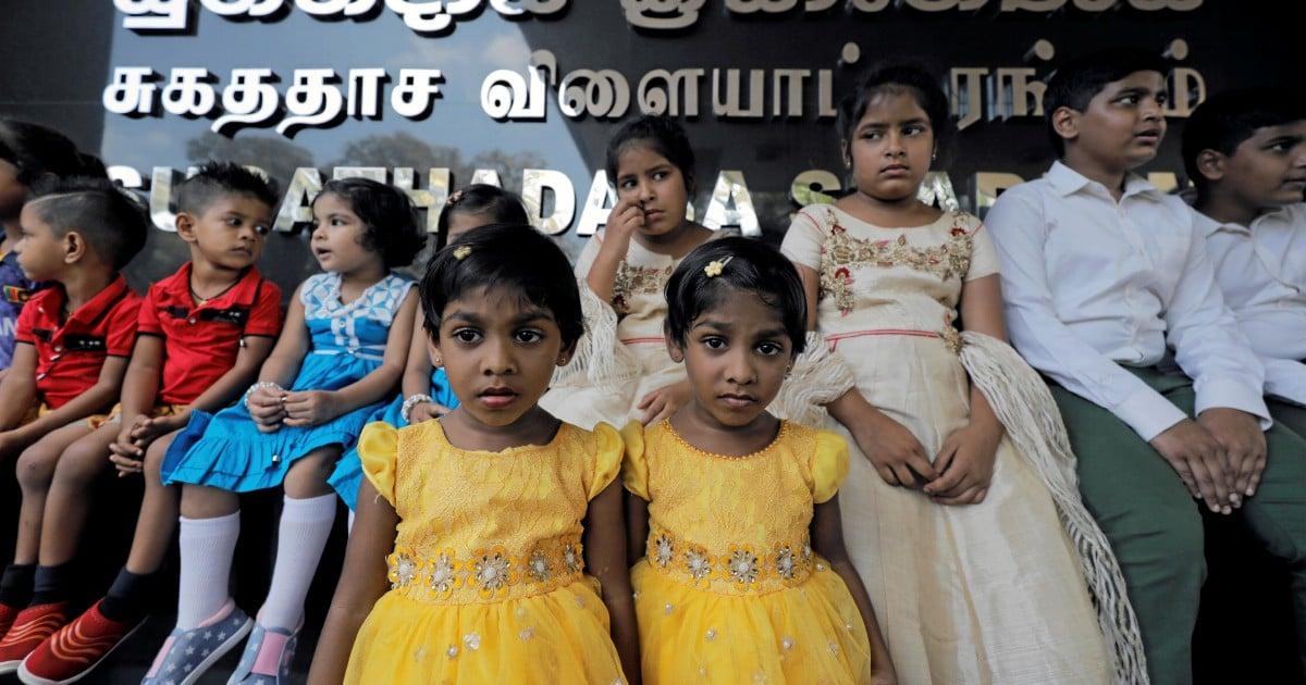 Too many show up for Sri Lanka twins record bid