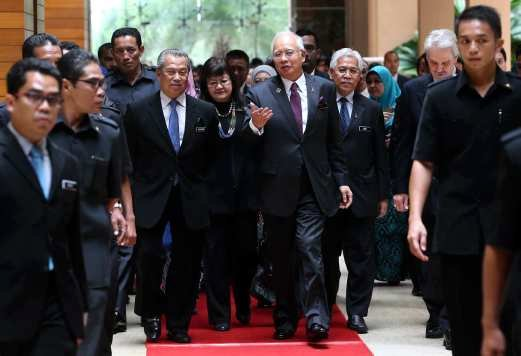 New blueprint will transform higher education dpm new straits prime minister datuk seri najib razak with deputy prime minister tan sri muhyiddin yassin arrive at launch of the malaysia education blueprint higher malvernweather Image collections