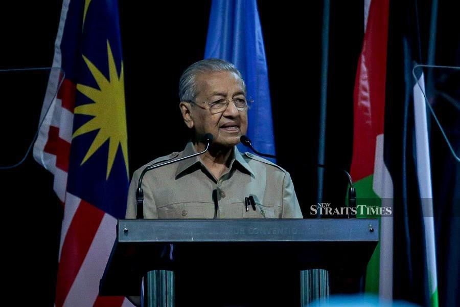 Tun Dr Mahathir Mohamad had set his mission on getting the country back on its feet following the Covid-19 outbreak and other mess that was left behind by the previous administration. - NSTP/ASYRAF HAMZAH