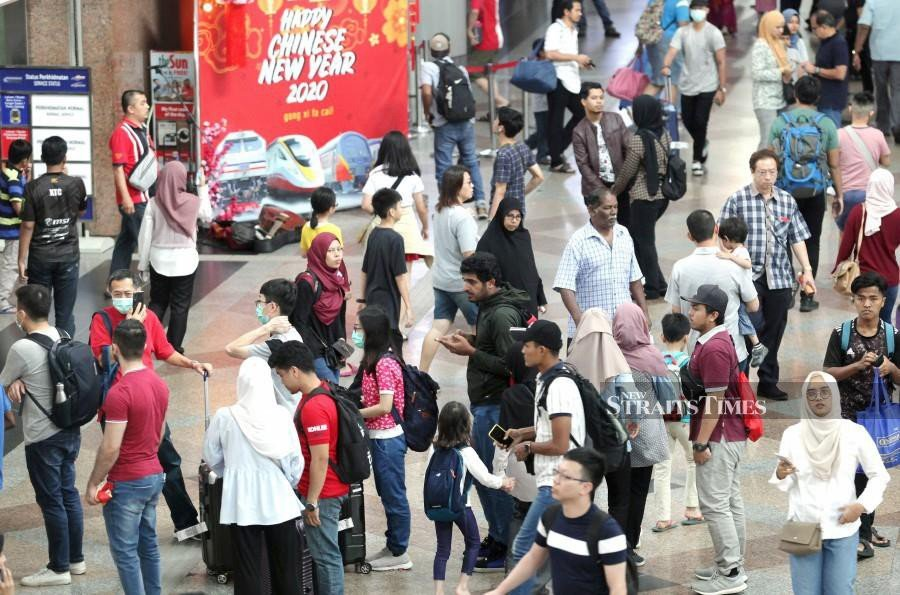 This Jan 27, file pic shows members of the public wearing facemasks as a preventative measure against the spread of Covid-19 coronavirus outbreak in Kuala Lumpur. - NSTP/File pic