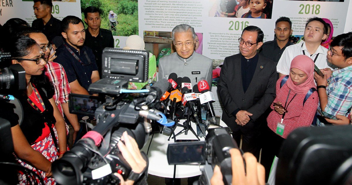 Dr M: Urban poverty due to rural migration, lack of skills