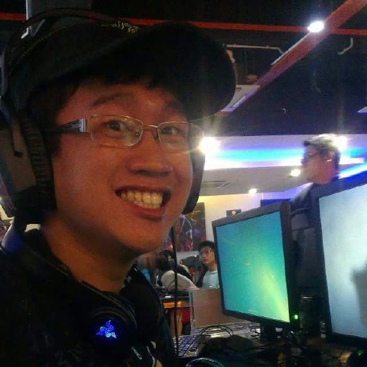 "Kenneth Khoo, a Dota2 player as well as an experienced marshall involved in organising many eSports tournaments says ""The norm these days is for companies to pick up talent among existing gamers and groom them to become even better, as well as offer them benefits under a contract."""
