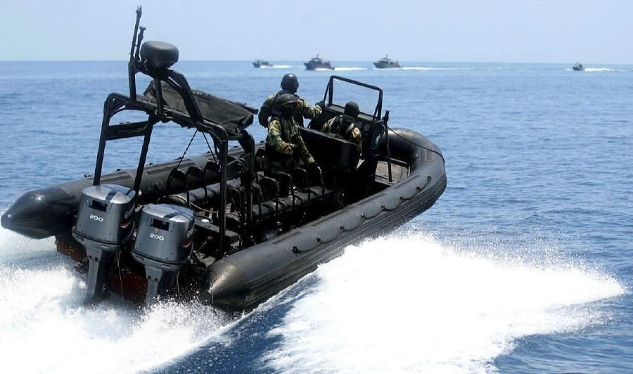 Curfew in the waters off seven districts in the Eastern Sabah Security Zone (ESSZone) which ends tomorrow will be extended until Aug 24. -- NSTP Archive