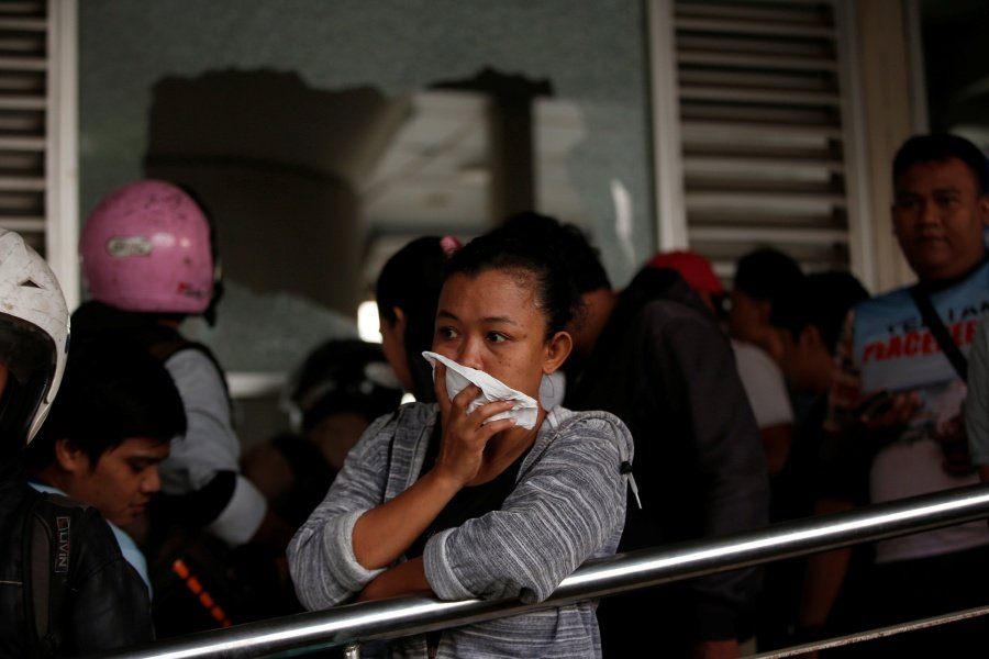At least 5 dead, 10 wounded in Jakarta bus terminal bombing Featured