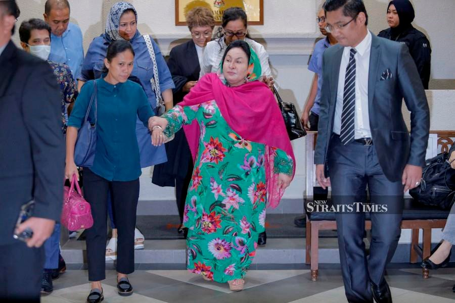 Datin Seri Rosmah Mansor seen leaving the court after proceeding ended for today at Kuala Lumpur High Court. - NSTP/Aizuddin Saad