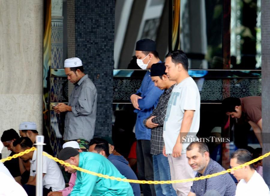 Muslims are a encouraged to perform special prayers to seek God's protection against the 2019 novel coronavirus (2019-nCoV) outbreak. - NSTP/File pic