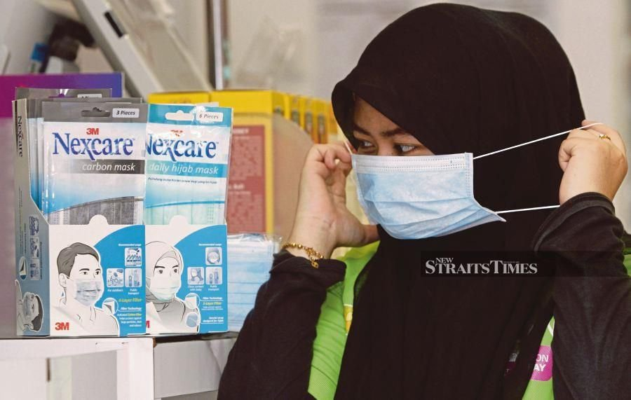 File photo: The government has fixed new ceiling prices for face masks to ensure that there is enough supply during the ongoing two week-long Movement Control Order (MCO) aimed at halting the spread of Covid-19 in the country. - NSTP/MUSTAFFA KAMAL