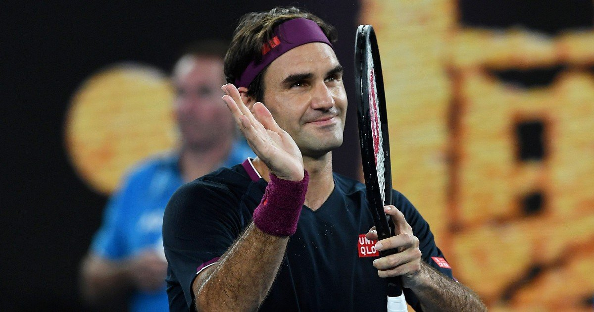Federer has knee surgery, to miss French Open