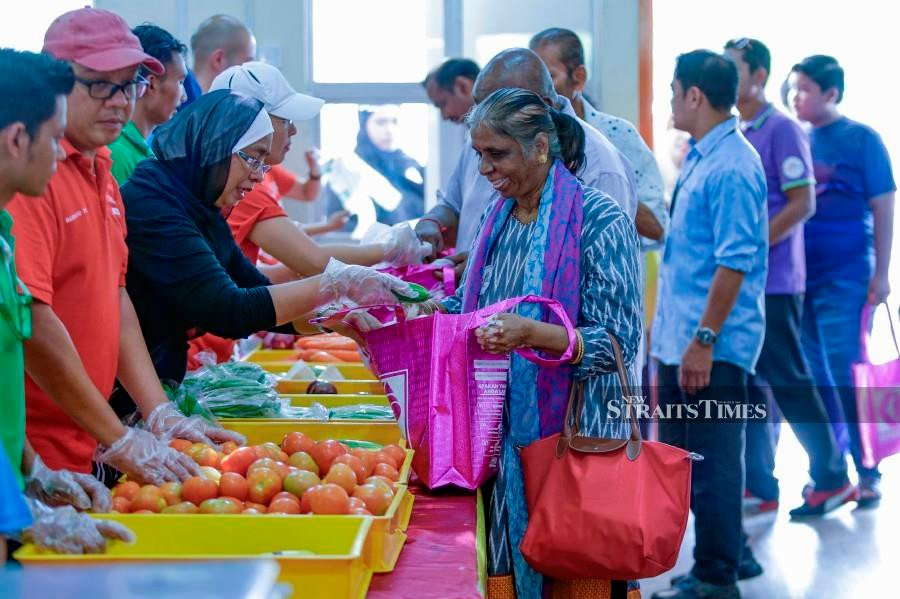 The newly launched Pandan Food Bank has 200 registered aid recipients from the Parliamentary constituency. NSTP/AIZUDDIN SAAD