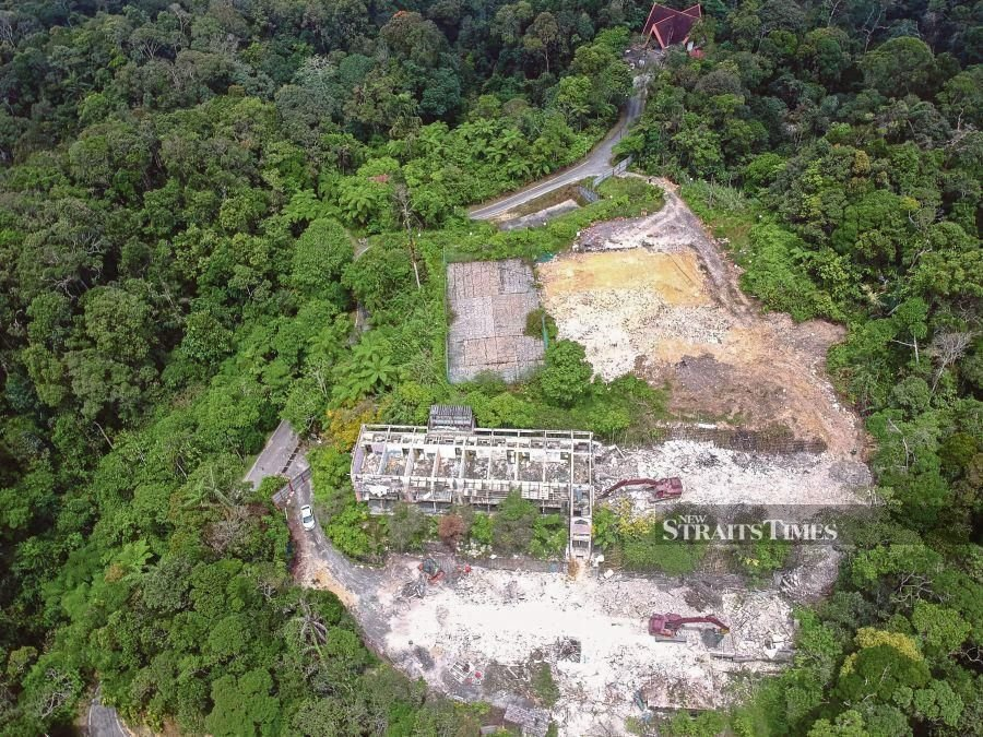 This file pic dated Aug 6, 2020. shows the construction of the hotel and resort in Fraser Hill. - NSTP/FARIZUL HAFIZ AWANG