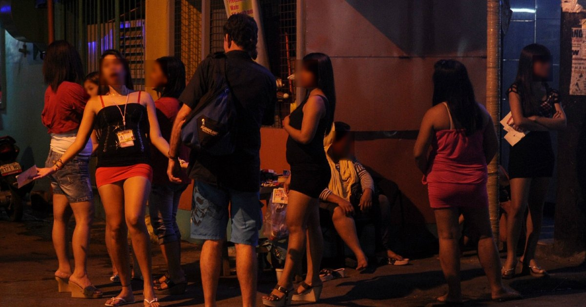 Philippines raid uncovers scores of Chinese prostitutes