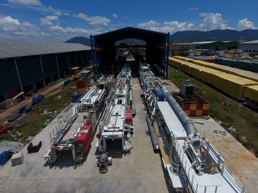 (File pix) The Tunnel Boring Machine (TBM) refurbishment plant at Pusing, near Ipoh was set up in preparation for MRT Line 2. This facillity is a platform to develop high technology in Malaysia through cooperation with foreign contractors and suppliers. Pix by Muhd Zaaba Zakeria