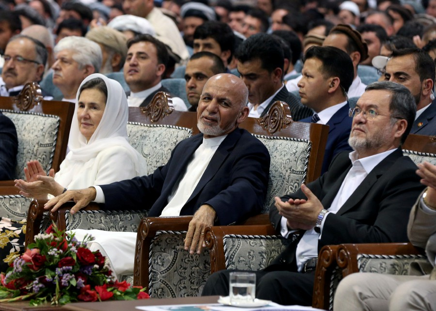 Afghan 'peace is coming', Ghani claims as campaign starts