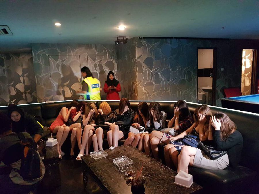 Cops Nab 18 Foreign Gros In Raid On Pandan Perdana Karaoke Club
