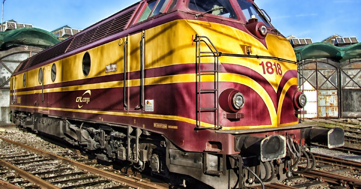 14 dead, 40 hurt in Bangladesh head-on train collision