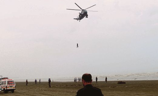 37 bodies recovered after Karachi bathing deaths | New
