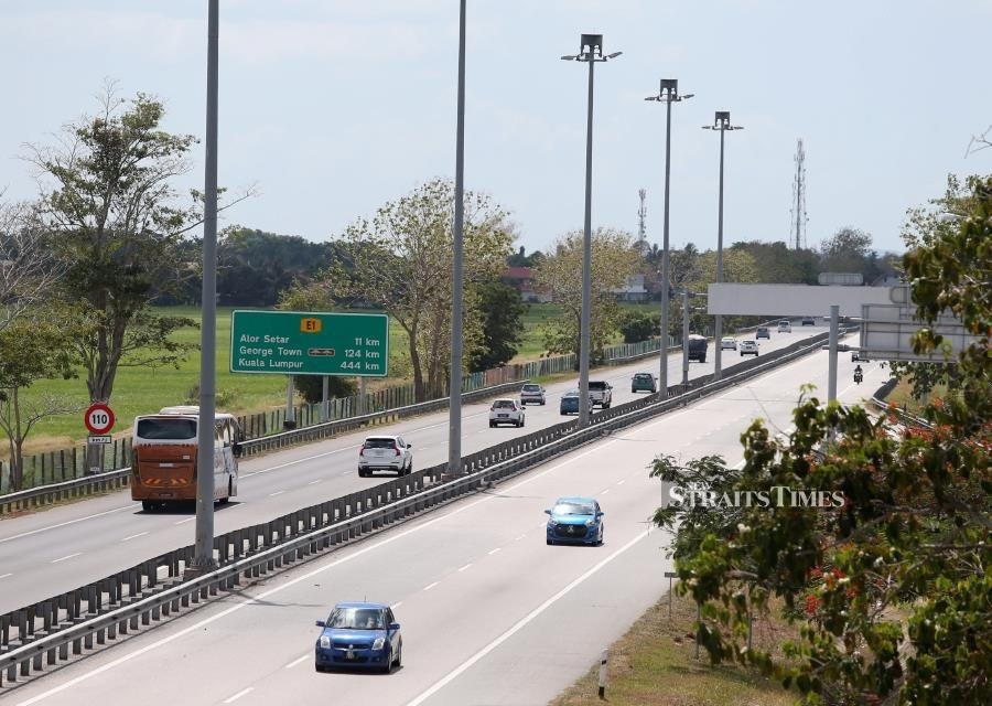 Up to 65 people were killed in road accidents nationwide since the start of Op Selamat, which began in conjunction with the Chinese New Year travel rush. -NSTP/SHARUL HAFIZ ZAM