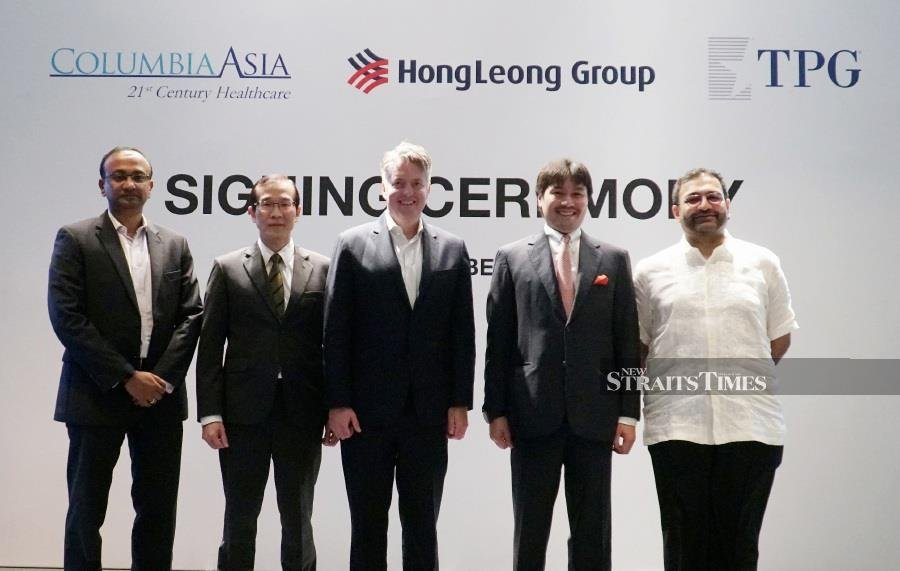L to R: Dilip Kadambi, Group Chief Financial Officer and interim Chief Executive Officer, Columbia Asia Hospitals, Soon Seong Keat, Finance Director at the Hong Leong Group, Nate McLemore, Managing Director of Columbia Pacific Management, Tunku Ali Redhauddin, Senior Advisor at TPG, Ganen Saravananthan, Co-Managing Partner of TPG
