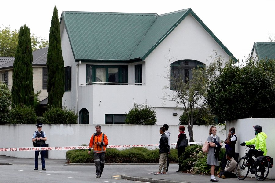 (File pic) Police cordon off the area in front of the Masjid al Noor mosque after a shooting incident in Christchurch on March 15, 2019. - Attacks on two Christchurch mosques left at least 49 dead on March 15, with one gunman -- identified as an Australian extremist -- apparently livestreaming the assault that triggered the lockdown of the New Zealand city. (Photo by Tessa BURROWS / AFP)
