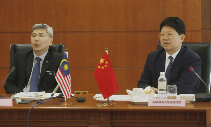 16db99a452 China will import more palm oil products from Malaysia  Chinese Ambassador  to Malaysia