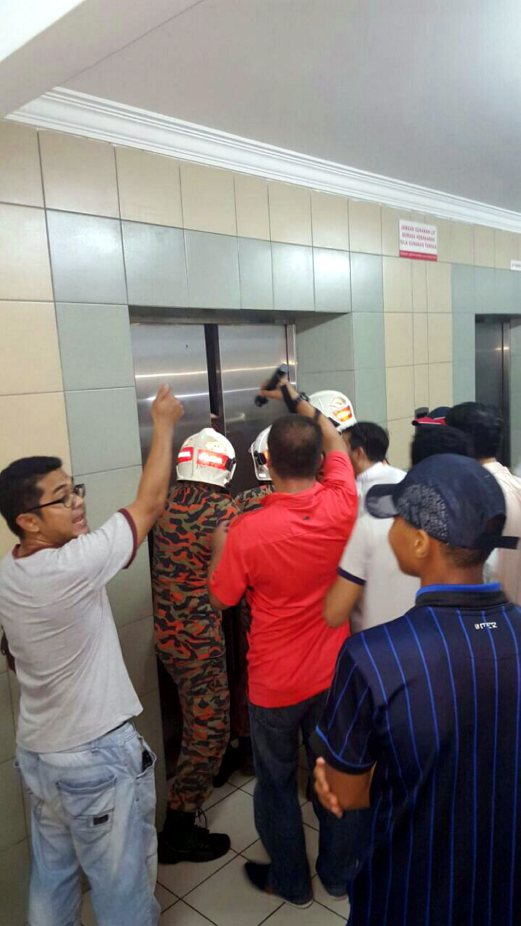 A 12-year-old Yemeni girl was seriously injured when both her legs got  caught in the doors of an elevator at an apartment in Taman Sepakat Indah  2, ...