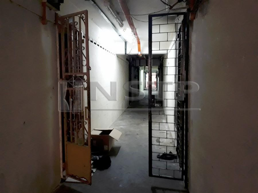 A view of the Kampung Melayu flat unit, where the eight-year-old was allegedly splashed with hot water by her father. - NSTP/RAMDZAN MASIAM