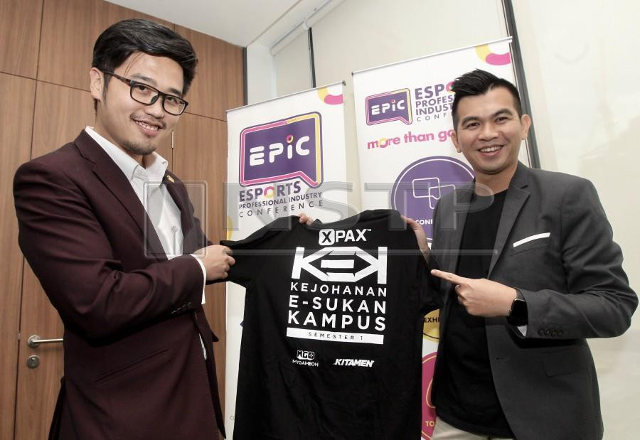 Perak's state youth development and sports committee chairman Howard Lee (left) and Media Prima Labs and Operations general manager Nicholas Sagau, at the launch of the e-Sports Professional Industry Conference in Kuala Lumpur earlier today (Thursday) .(PIC BY AMIRUDIN SAHIB)