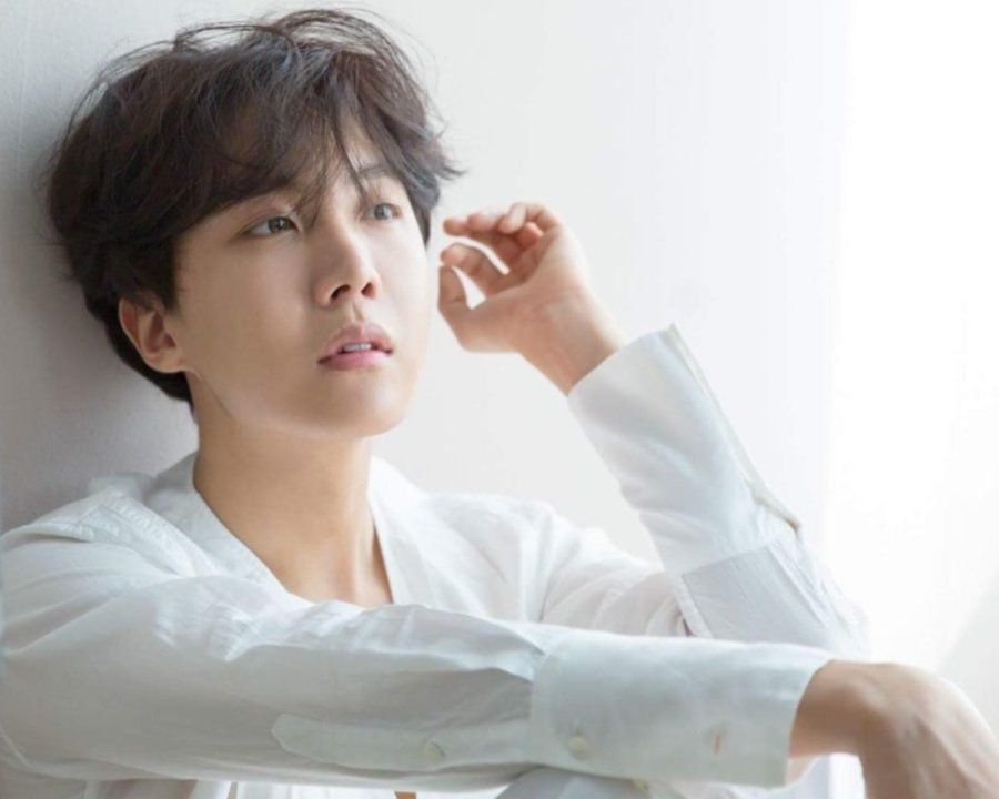 Showbiz: BTS' J-Hope battling with insecurities? | New