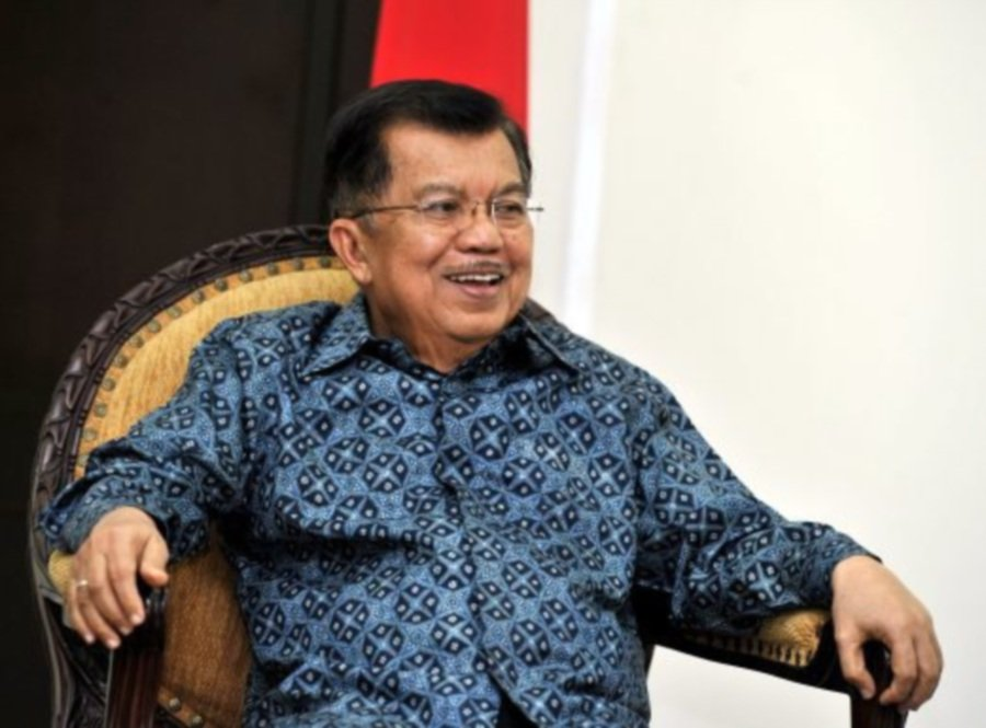 (File pix) Indonesian news portal Republika reported Indonesian vice-president Jusuf Kalla as saying that he was shocked when he found out about Dr Mahathir's remark towards Prime Minister Datuk Seri Najib Razak.