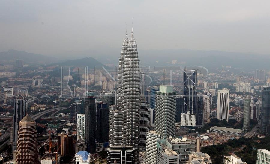 The Malaysian economy was expected to expand between 4.5 and 5.5 per cent per year, supported by domestic and external demand, particularly by the strong demand by Asian countries. NSTP FILE PIC